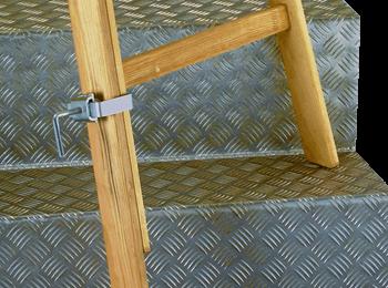 predžovacia noha pre drevený rebrík